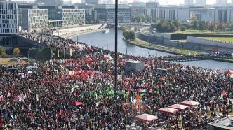TTIPdemo_BerlinOkt2015